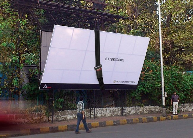 Mumbai Traffic Police Seatbelts Save Billboard with a Giant Seat Belt that Holds the Billboard