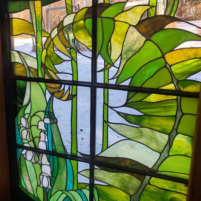 Stained Glass Cabin Leaf Details