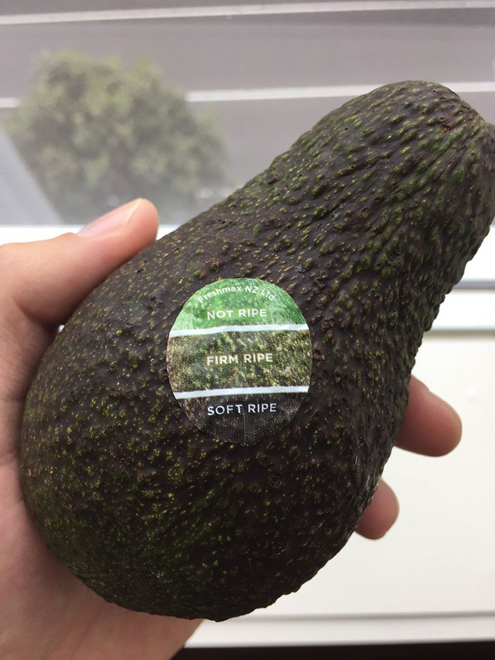 Sticker that Indicates the Ripeness of an Avocado