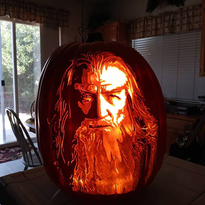 cool pumpkin carving gandalf