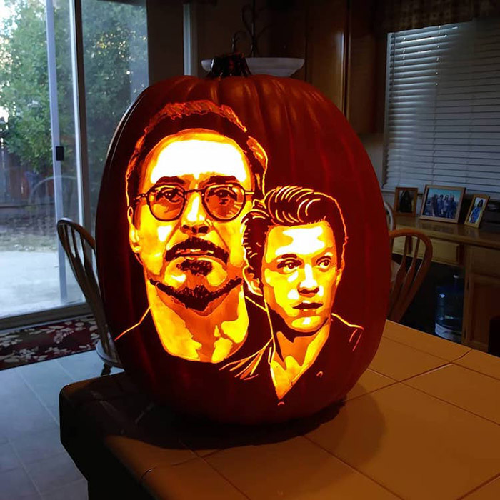 cool pumpkin carving rdj and tom holland