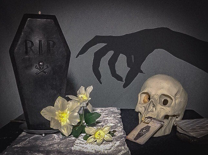 creepycandles coffin candle halloween decor