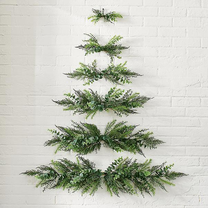 grandin road wall-mounted christmas tree