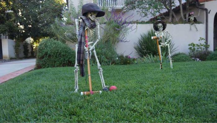 halloween skeletons croquet