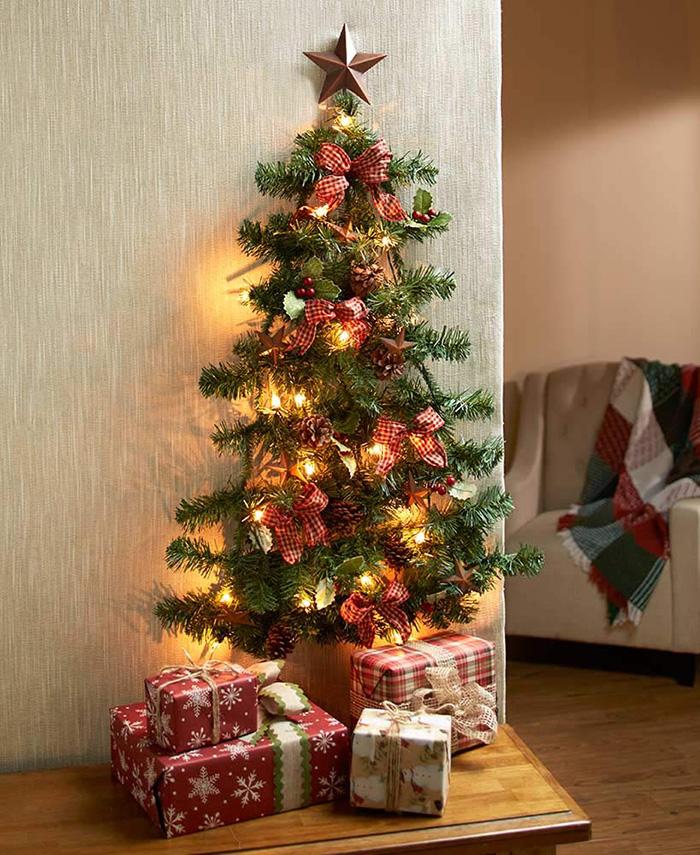 lighted wall-mounted christmas tree