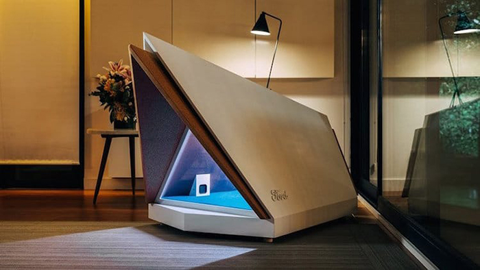noise-cancelling dog kennel indoors