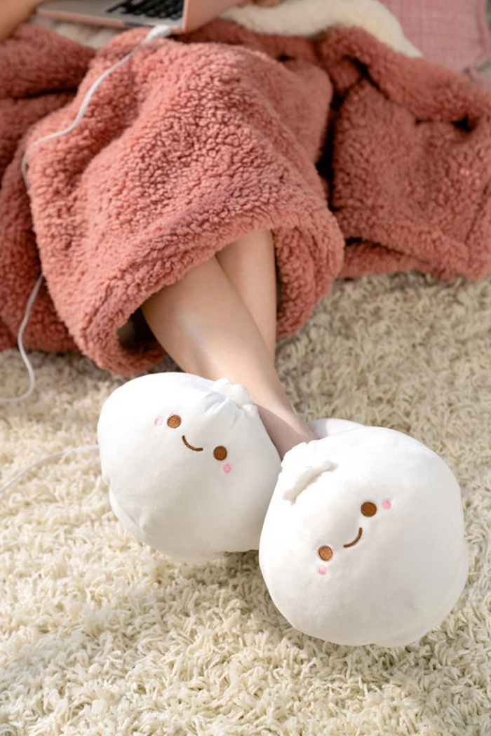 smoko heated dumpling slippers
