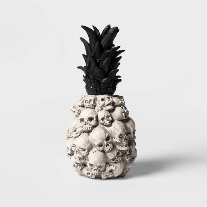 target skull pineapple