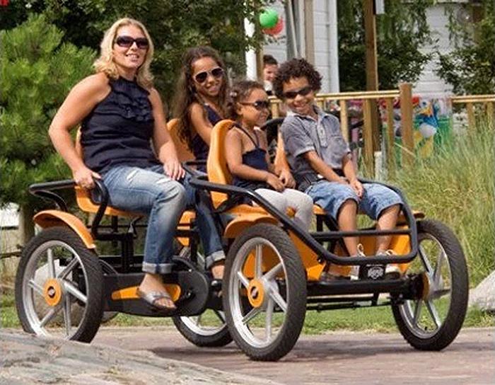4-seater pedal go-kart