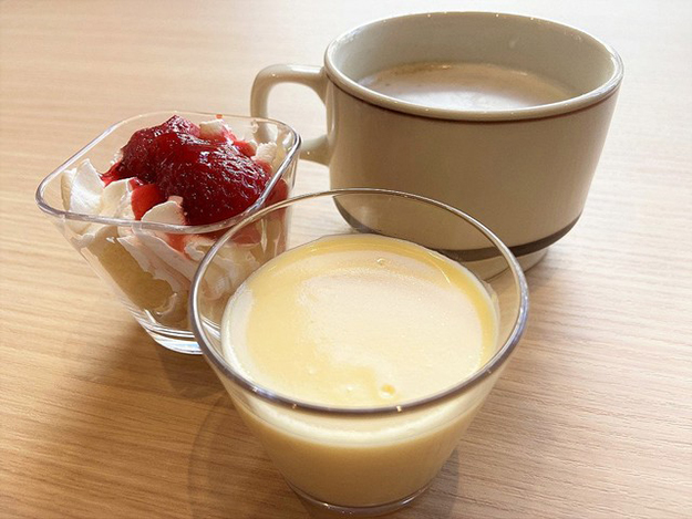 All-You-Can-Eat KFC pudding and coffee