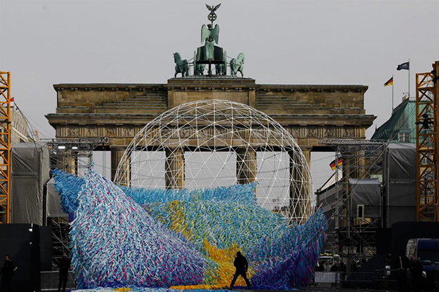 Berlin Wall 30-Year Anniversary Visions in Motion preparation