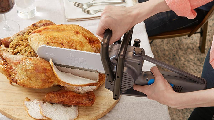 Chainsaw Turkey Carving Knife in Action