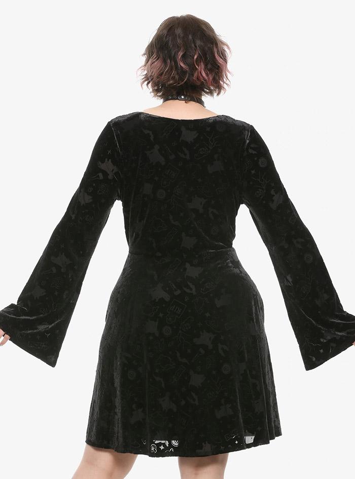Hocus Pocus Clothing Collection Black Velvet Sleeve Dress plus size back