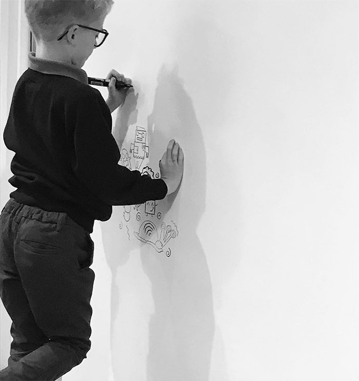 Joe Whale Starting His Wall Doodles