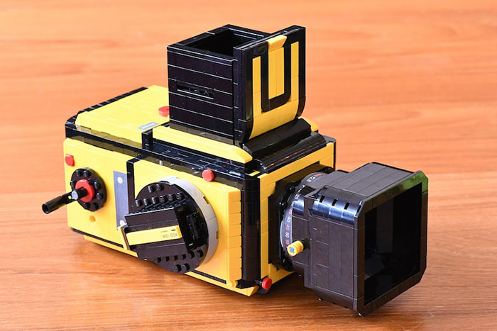 LEGO Camera with Focus Hood Up Left Perspective