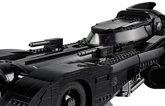 LEGO batmobile details