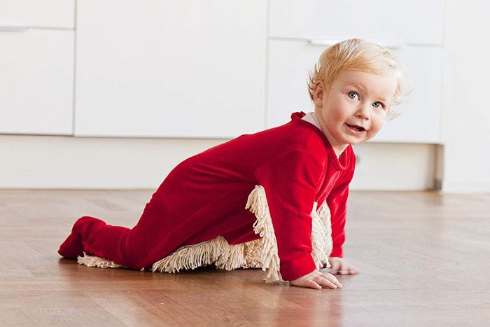 baby mop-onesie red