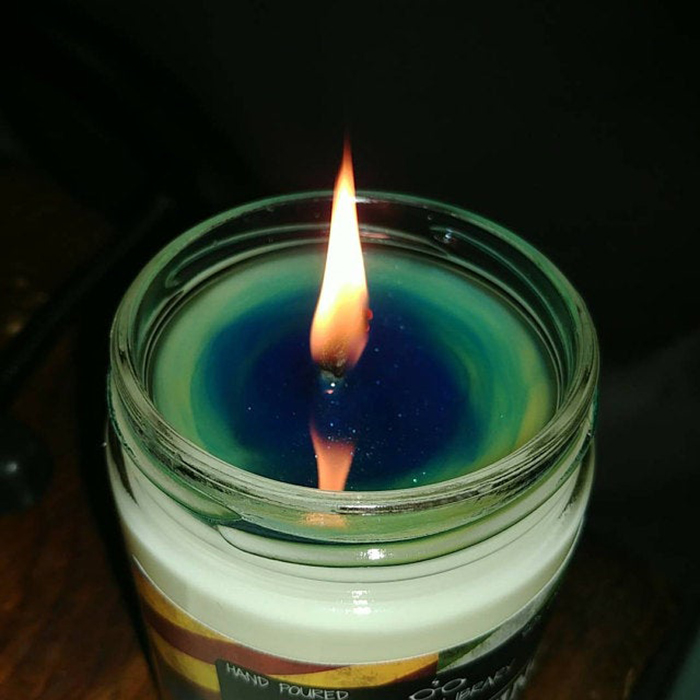 color-changing sorting candle