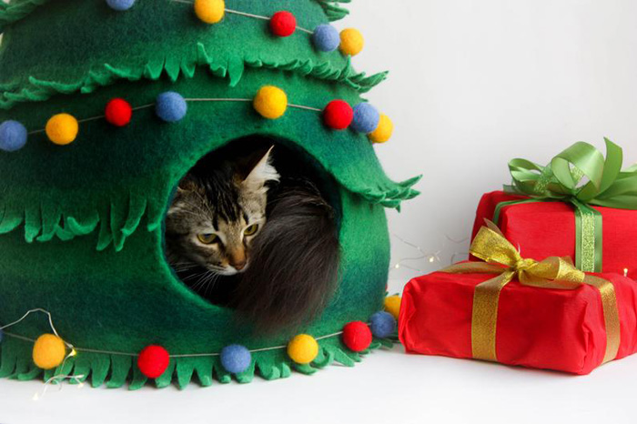 decorative christmas tree cat beds round door
