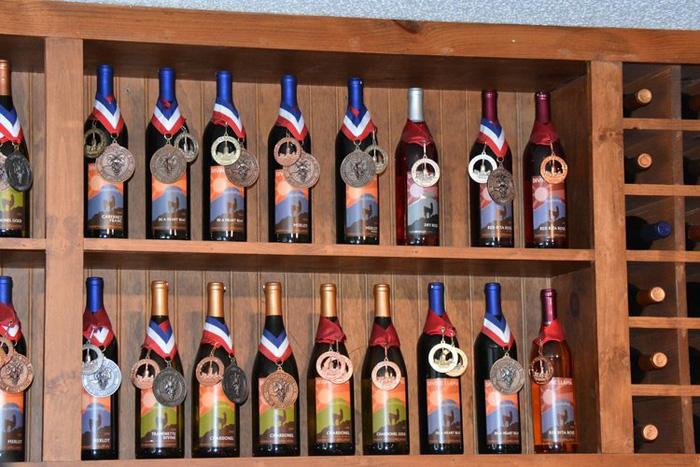 divine llama vineyards wines shop