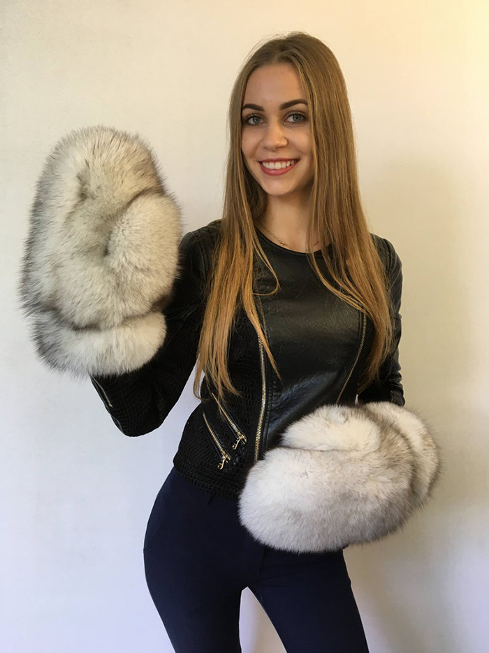 giant fur mittens lithuania