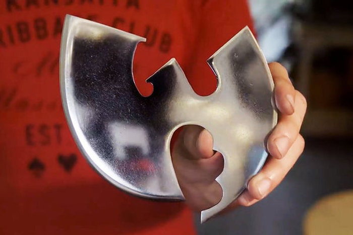 graz makes wu-tang pizza cutter