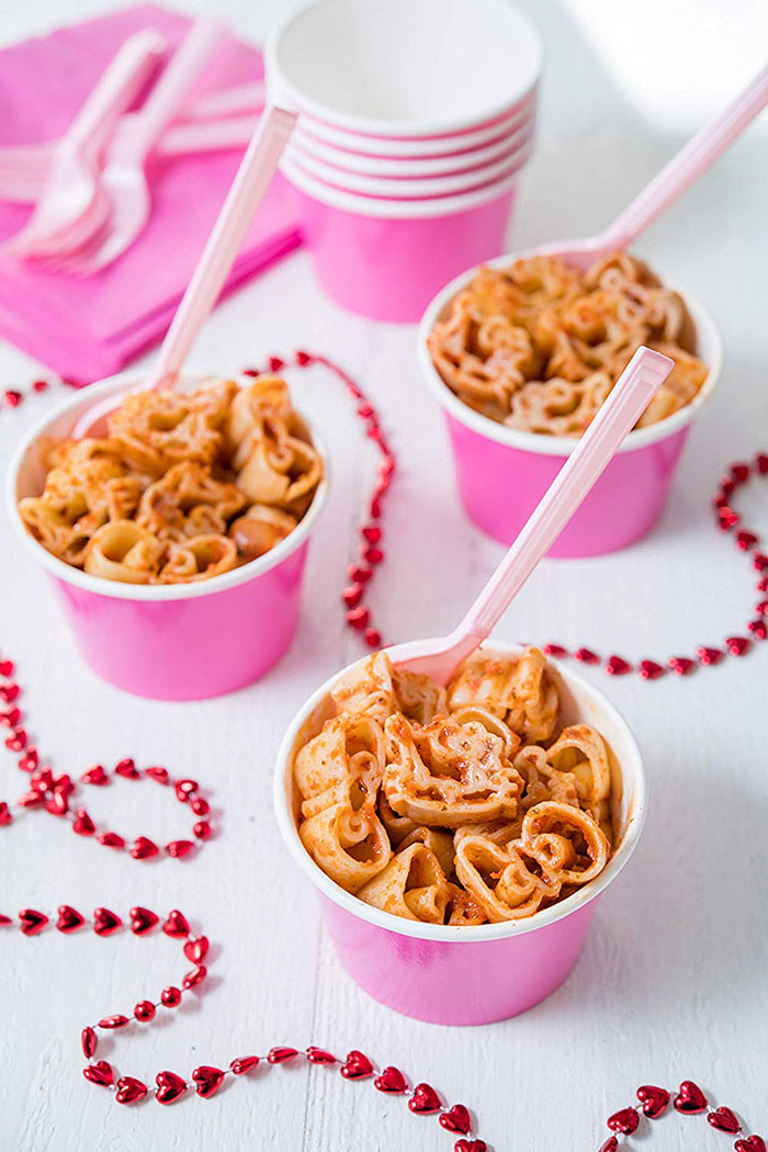 Hello Kitty Pasta in Pink Party Bowls