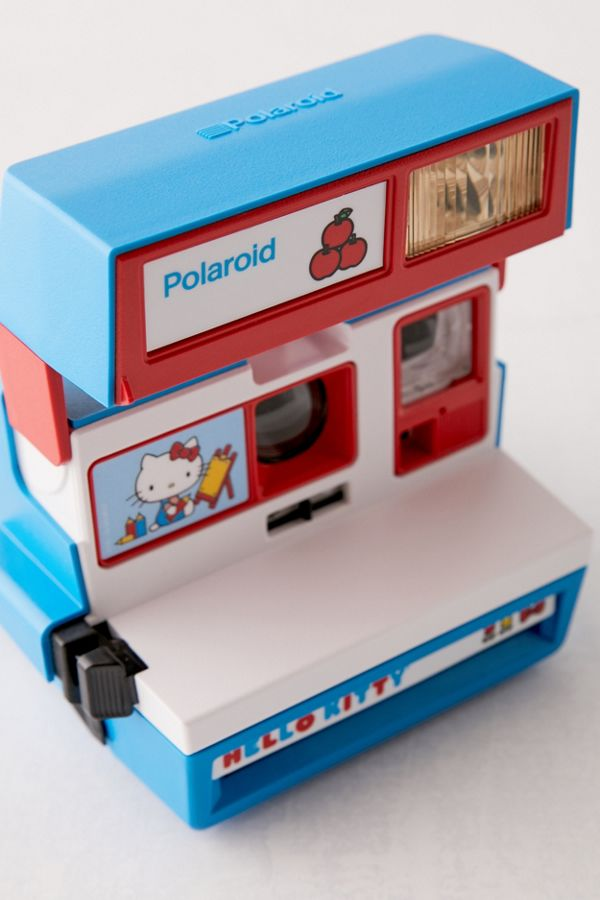 hello kitty polaroid camera front details