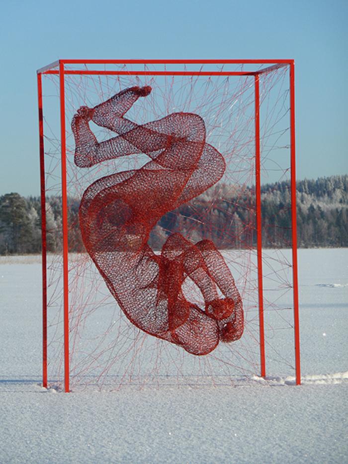 nadia zubareva steel wire sculptures block