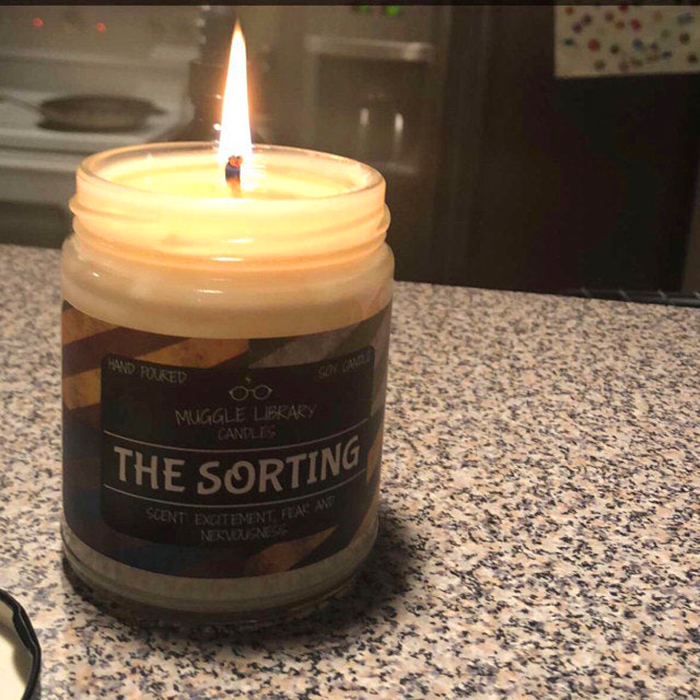 sorting candle soy wax hand-poured