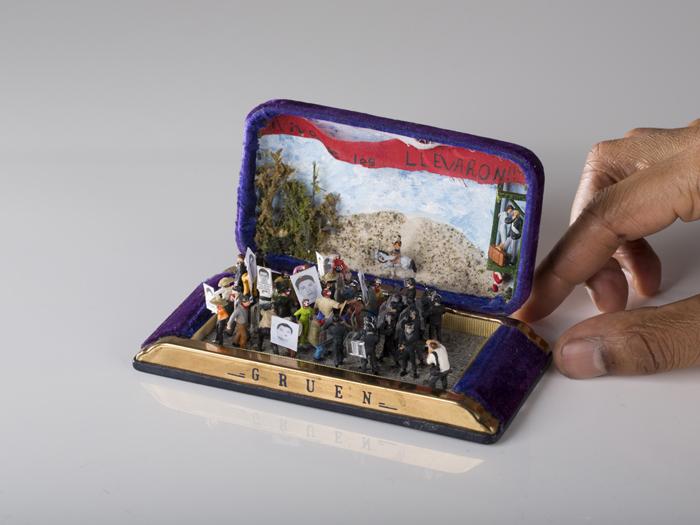 talwst ring box dioramas fridas entry to iguala