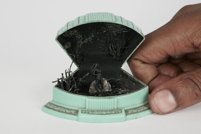 talwst ring box dioramas olukun venus