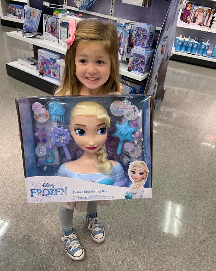 Kristina Watts Daughter Emmie with Disney Frozen Deluxe Elsa Styling Head Toy