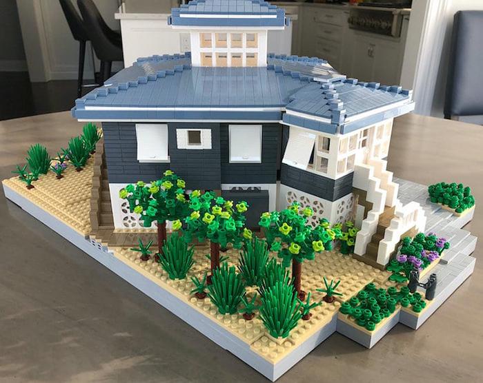 LEGO House Replica Blue and White Garden
