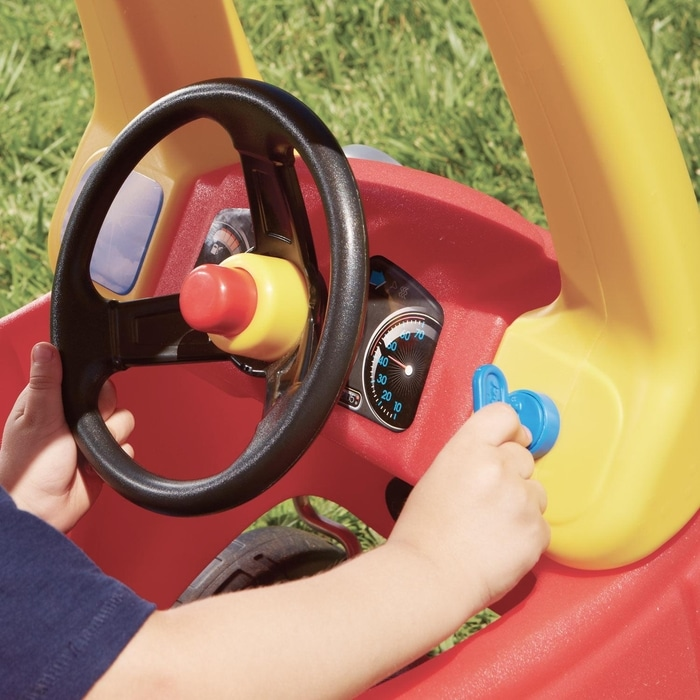 Little Tikes Cozy Coupe Car Steering Wheel and Dashboard