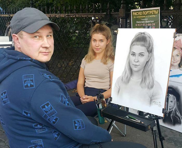 Nikolay Yarakhtin and a Female Client 3