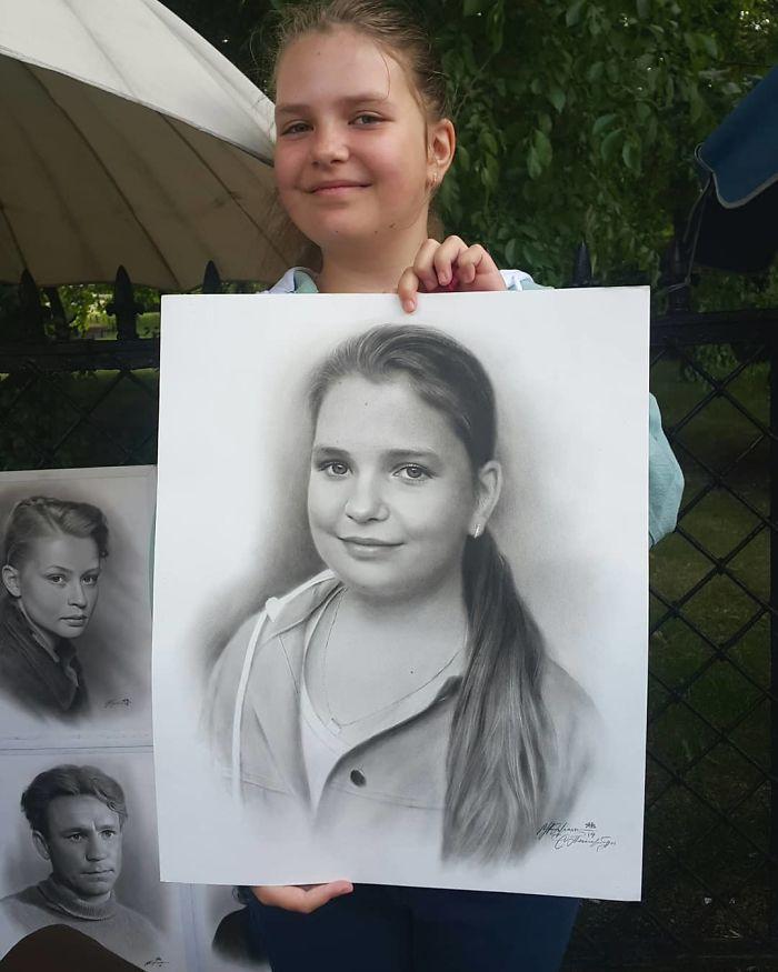 Realistic Portrait of a Girl by Nikolay Yarakhtin 3