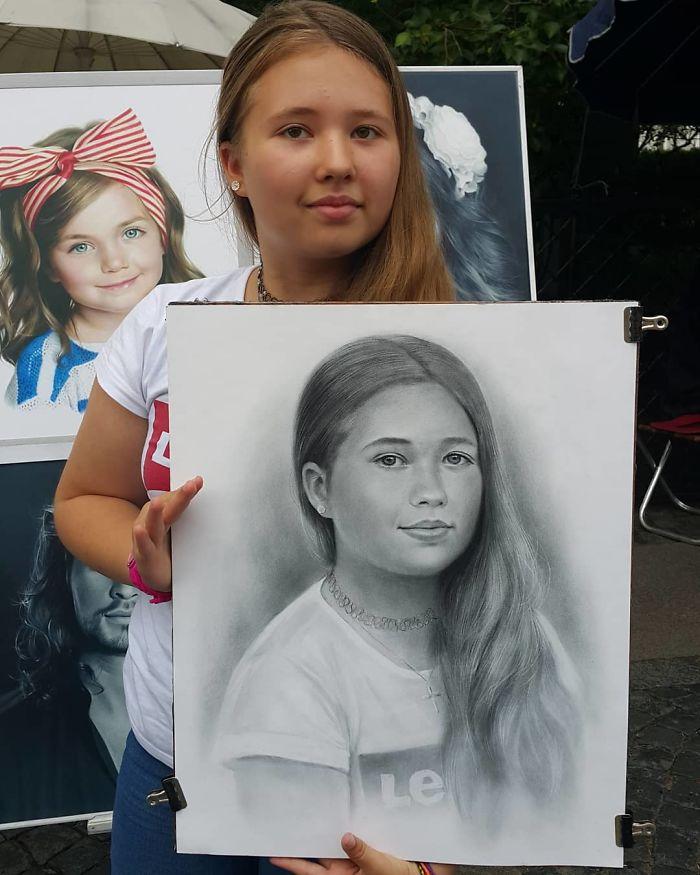 Realistic Portrait of a Girl by Nikolay Yarakhtin 4