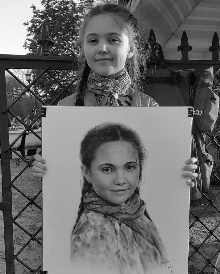 Realistic Portrait of a Girl by Nikolay Yarakhtin