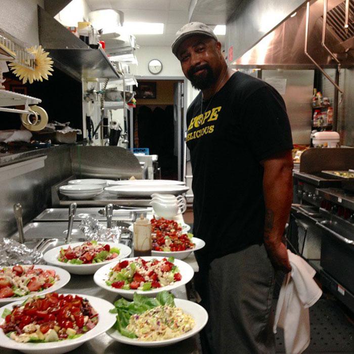 Soul Kitchen Staff