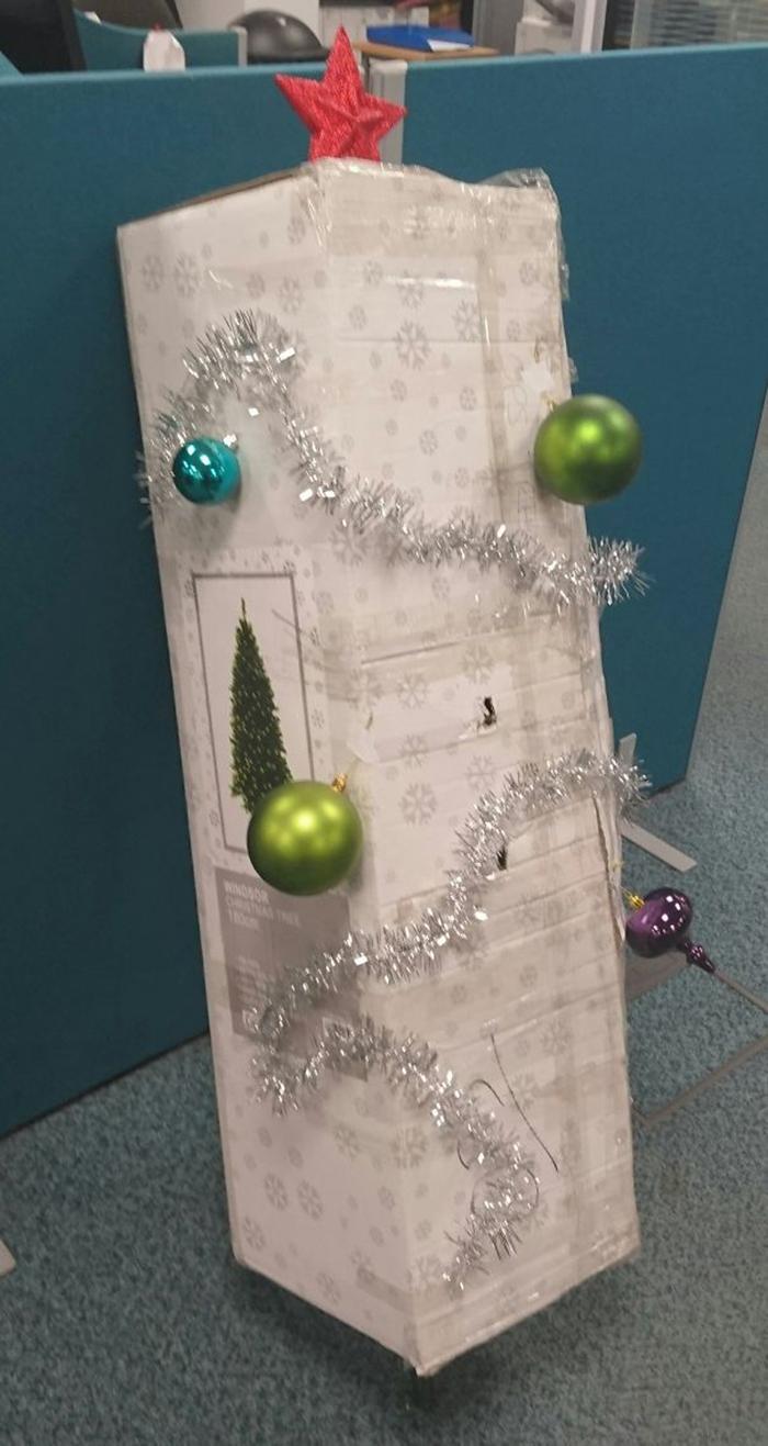 diy holiday trees office