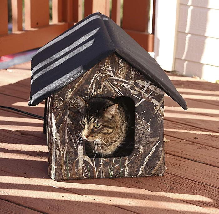 heated outdoor cat house realtree edge camo design