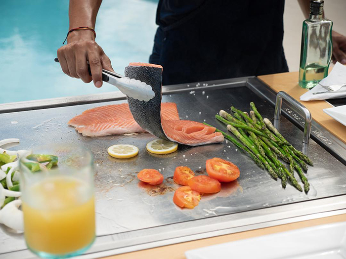 My Hibachi BBQ Grill for Frying Salmon and Asparagus