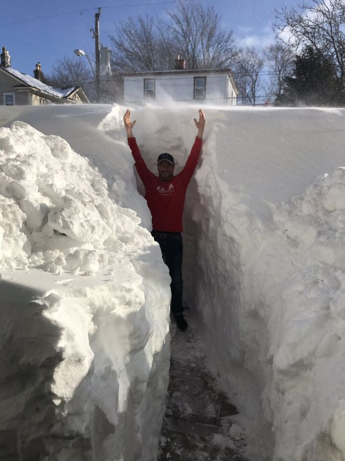 canada blizzard over six feet of snow