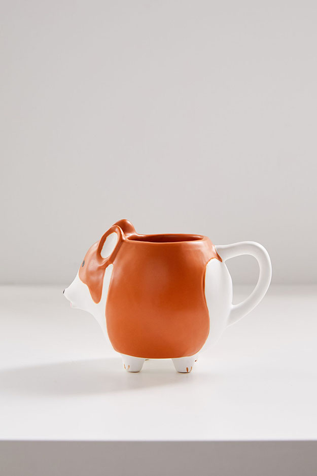 corgi mug with tiny paws