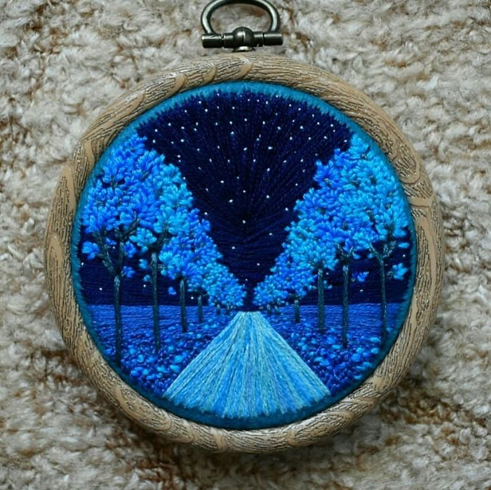 victoria richards embroidery painting long road starry night