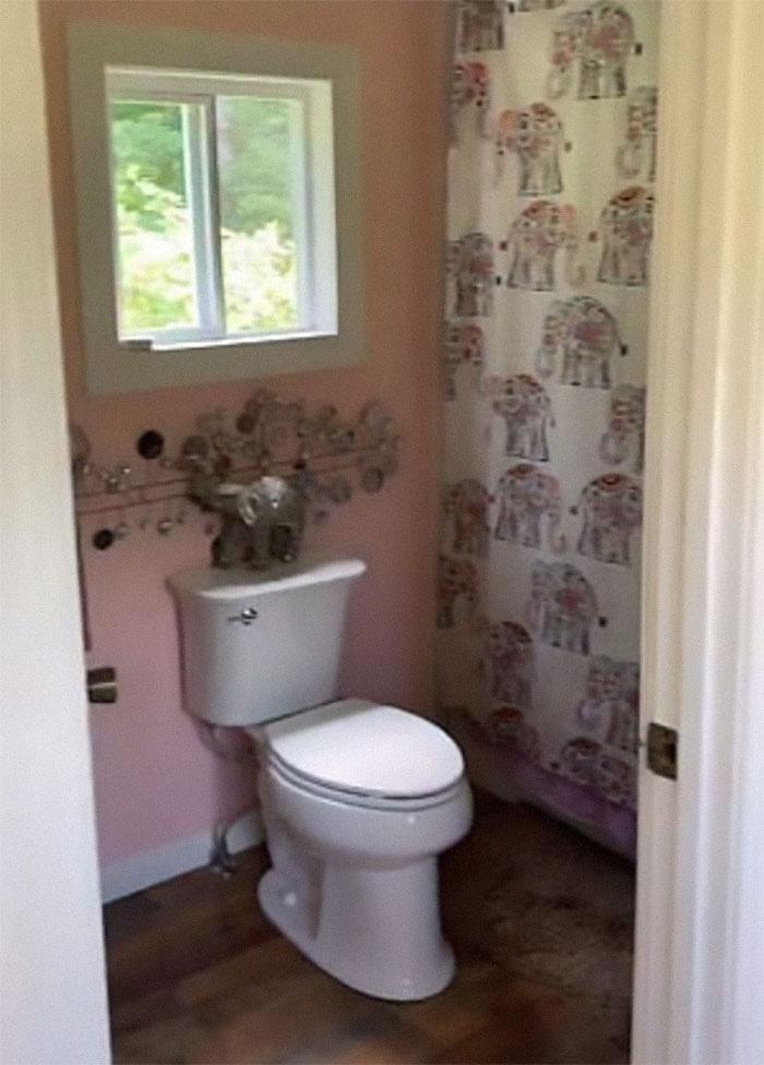 Bathroom Inside a Tiny House