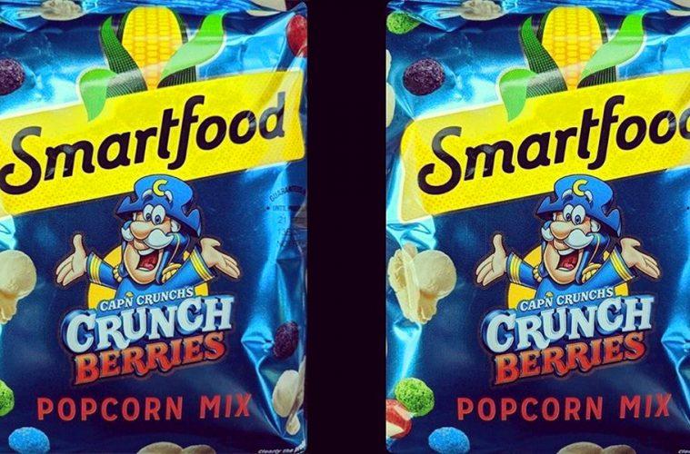 Cap'n Crunch's Berries Popcorn Mix