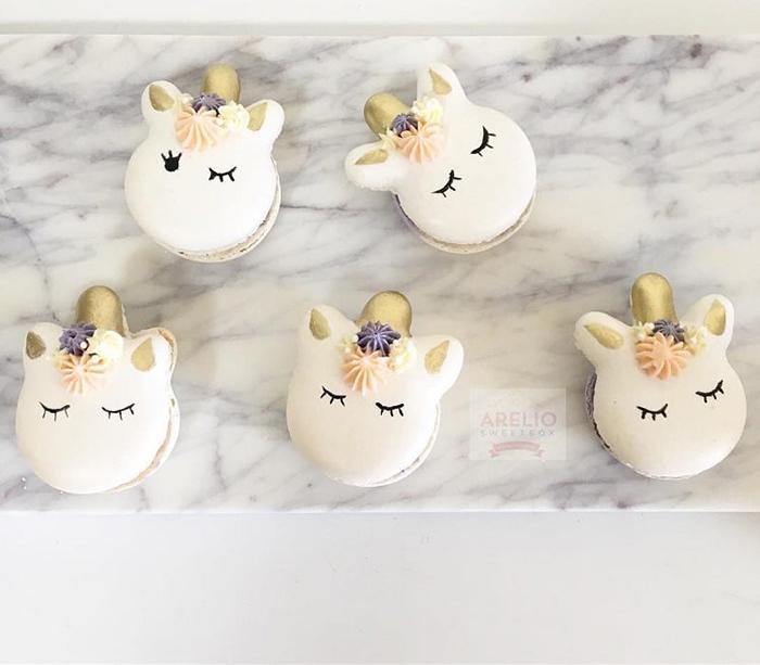 Custom Macarons