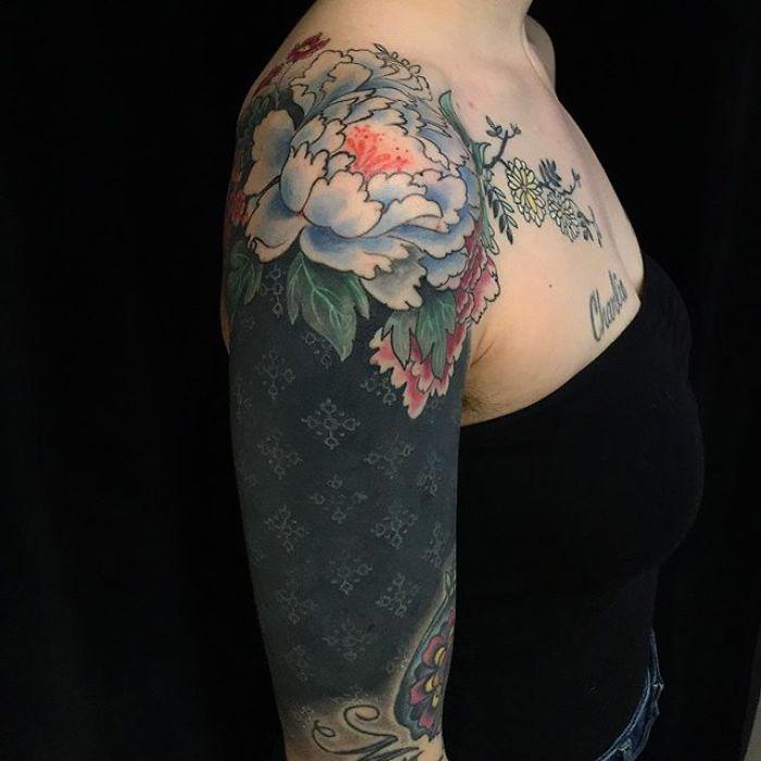 Intricate Body Art by Esther Garcia